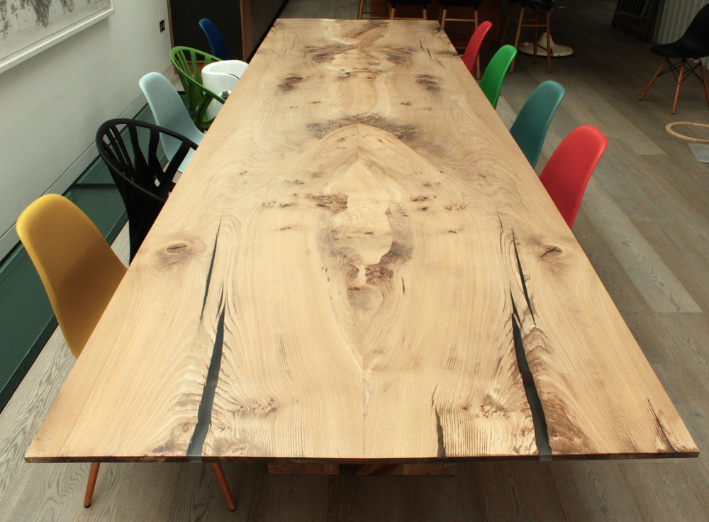 32_Elm-dining-table_2.jpg