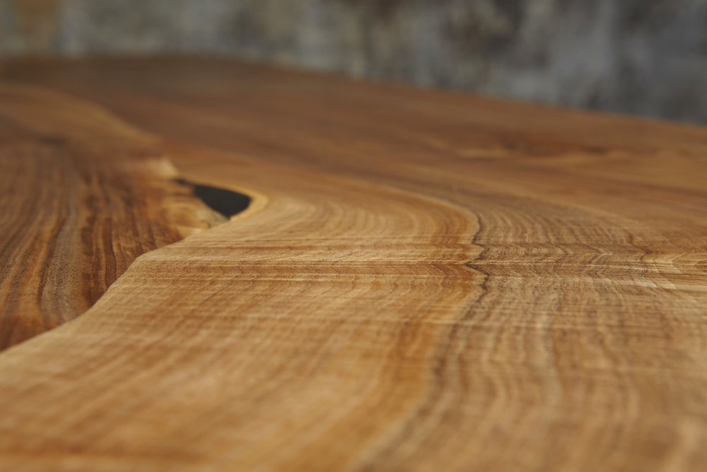 31_Dining-table-in-English-walnut_5.jpg