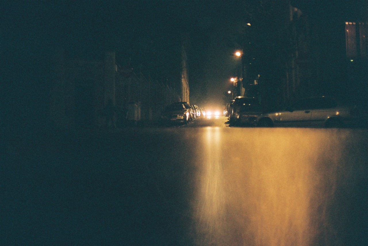 Brussels by night, December 2013 (canon A1)