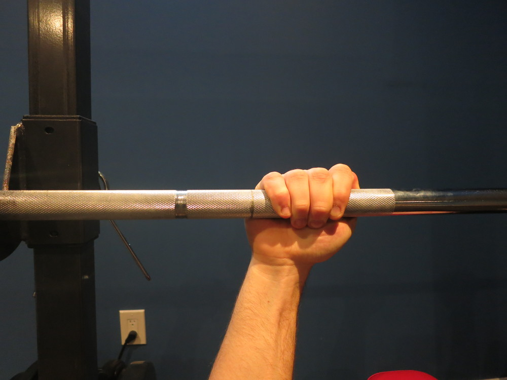 "Do not use a thumbless grip, also known as a ""suicide grip."""