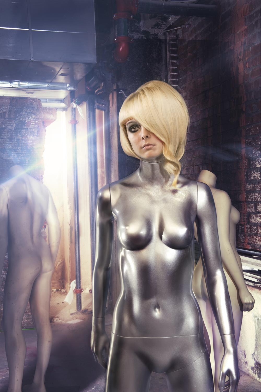 mannequin3-final011311 copy.jpg