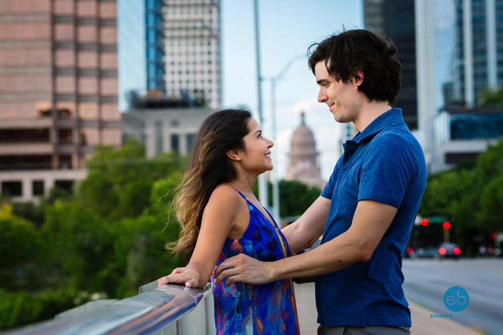 austin-texas-engagement-portrait-couple-2.jpg
