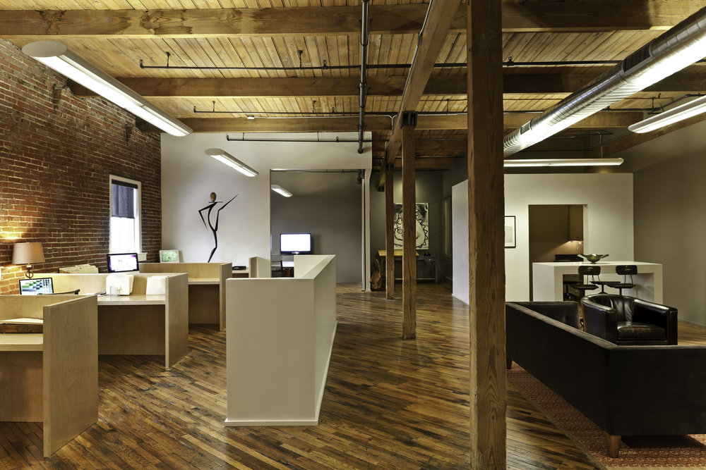 OFFICE 02_2500w.jpg