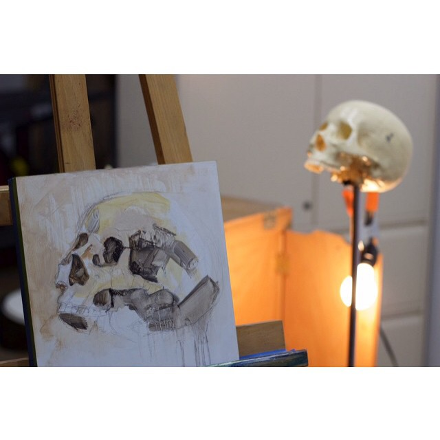 My model for today #skull #anatomy #fineart #oilpainting #art #greenpoint #artstudio #WIP #paint #draw #brooklyn #nycart #skeleton (at Studio 18)