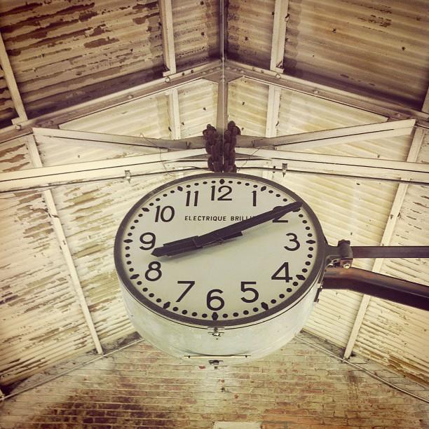 #time #chelseamarket  (at Chelsea Market Café)