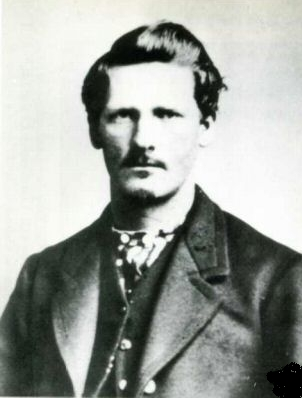 Who kew Wyatt Earp was kind of a babe? (Image)