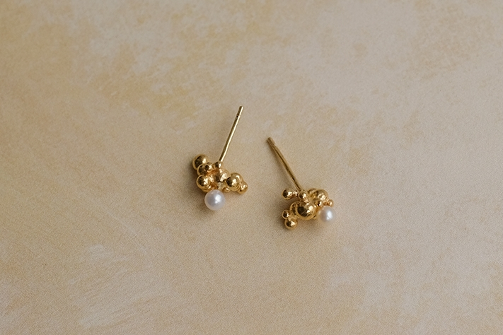 Bubbling Sensations Studs
