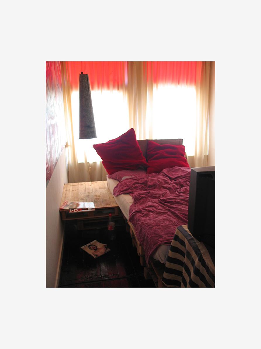 bedroom-real.jpg