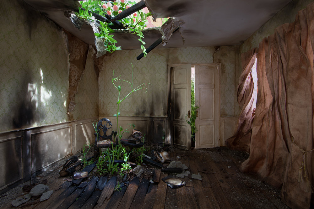 Green Room  140 x 92cm
