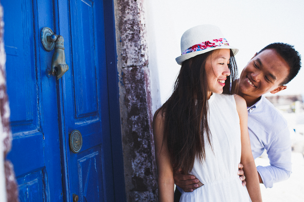 Honeymoon photoshoot, Oia, Greece, destination photographer, stunning couples photography