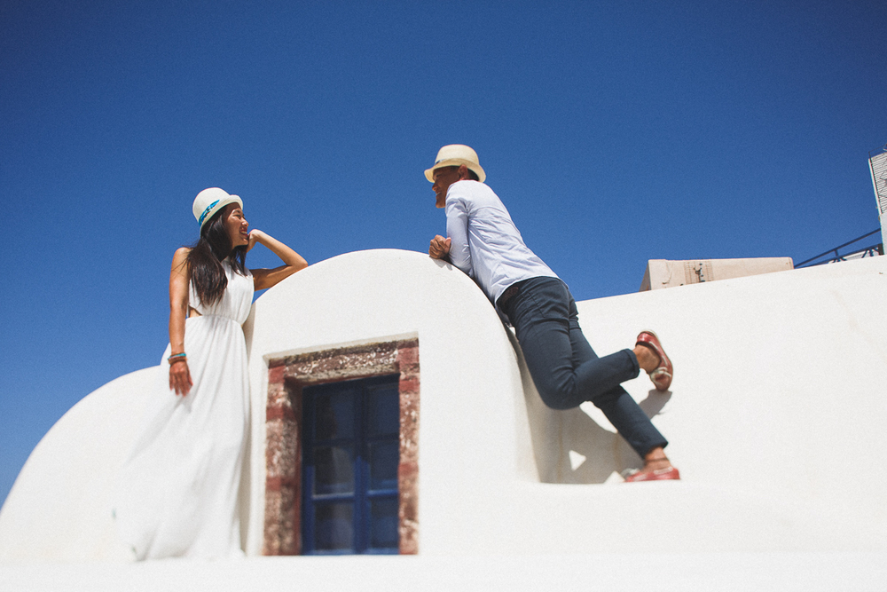 Honeymoon photoshoot, Oia, Greece, destination photographer, unique couples photography