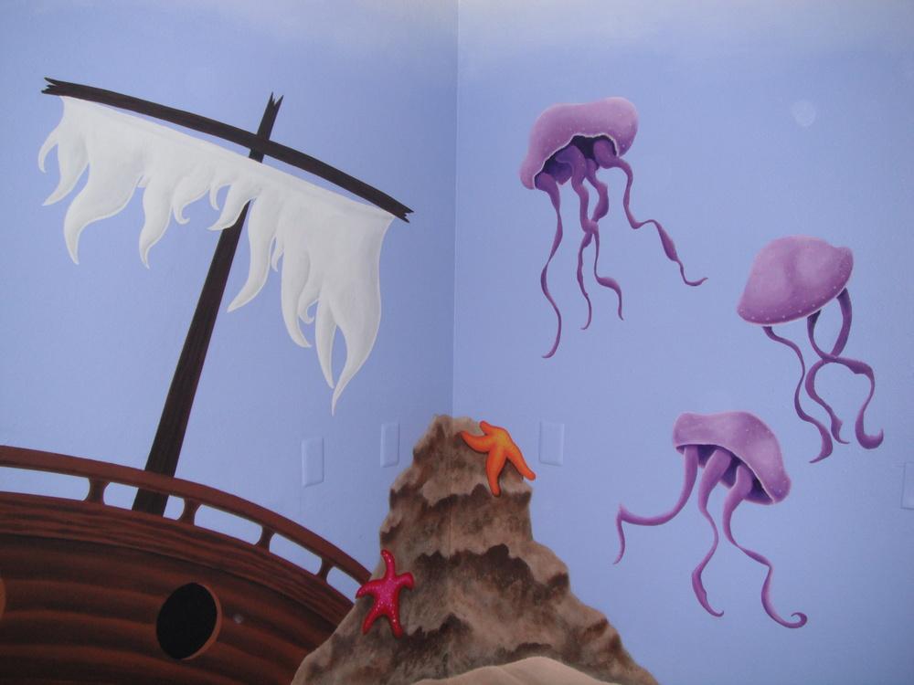 under sea 2.JPG