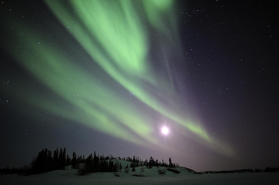 aurora-borealis-yellowknife-northwest-jiri-hermann.jpg