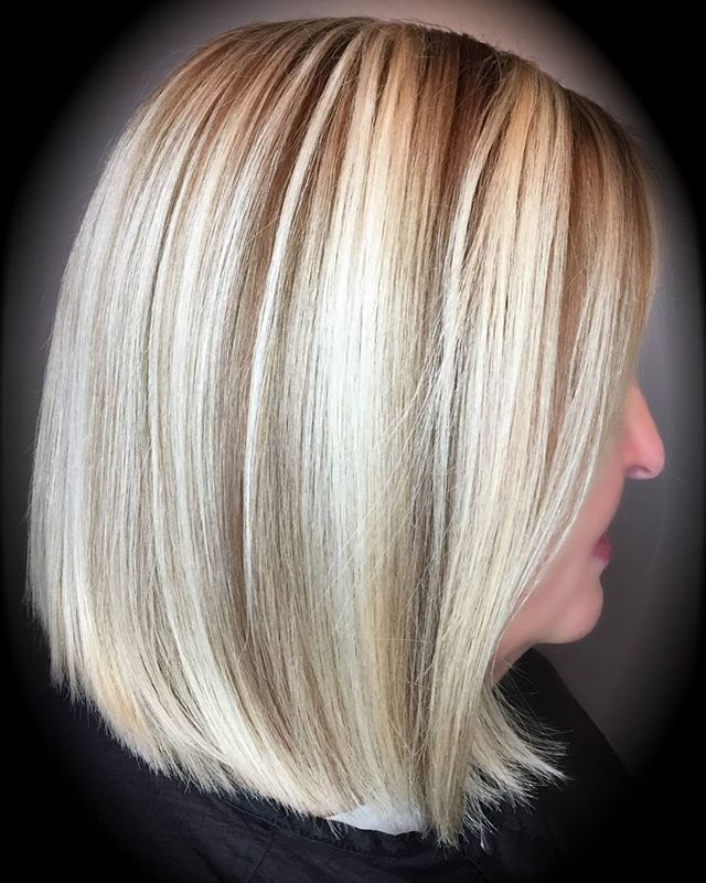 Dimensional blonde done by @kimdonahue_  Who says you have to go dark for winter?  440-333-5056 See you soon ;) #clevelandhairsalon #clevelandhairstylist #behindthechair #modernsalon #dimensionalblonde #goldwell #brightness #rockyriver #ohiosalon
