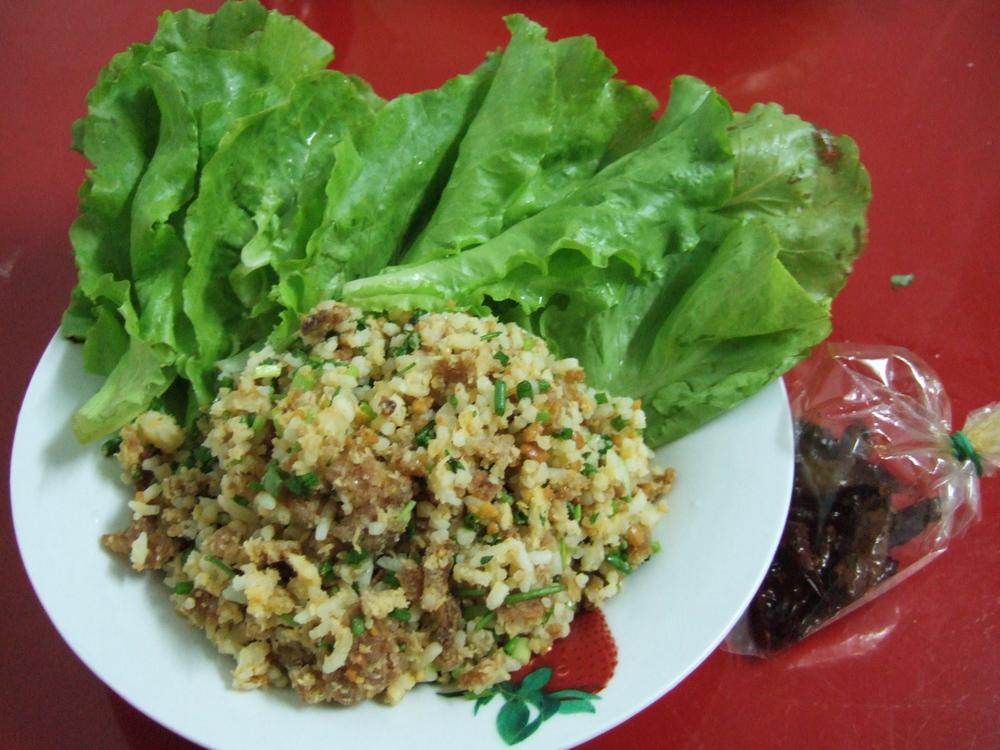 Nem Khao (aka Exploded Rice Balls).JPG