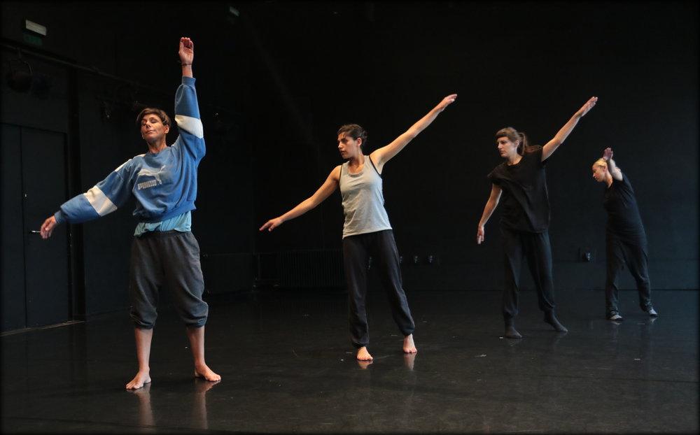 Emma Murray Unpacking a choreographic practice, Festival Ukrep, Foto Sunčan Stone (43).JPG
