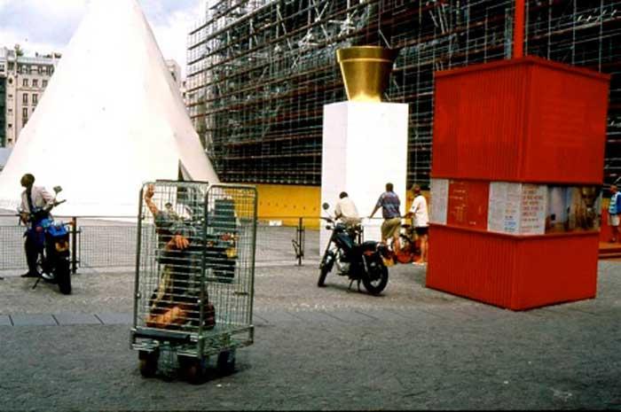 03_The-Cage_Vanessa_Lodigiani.jpg