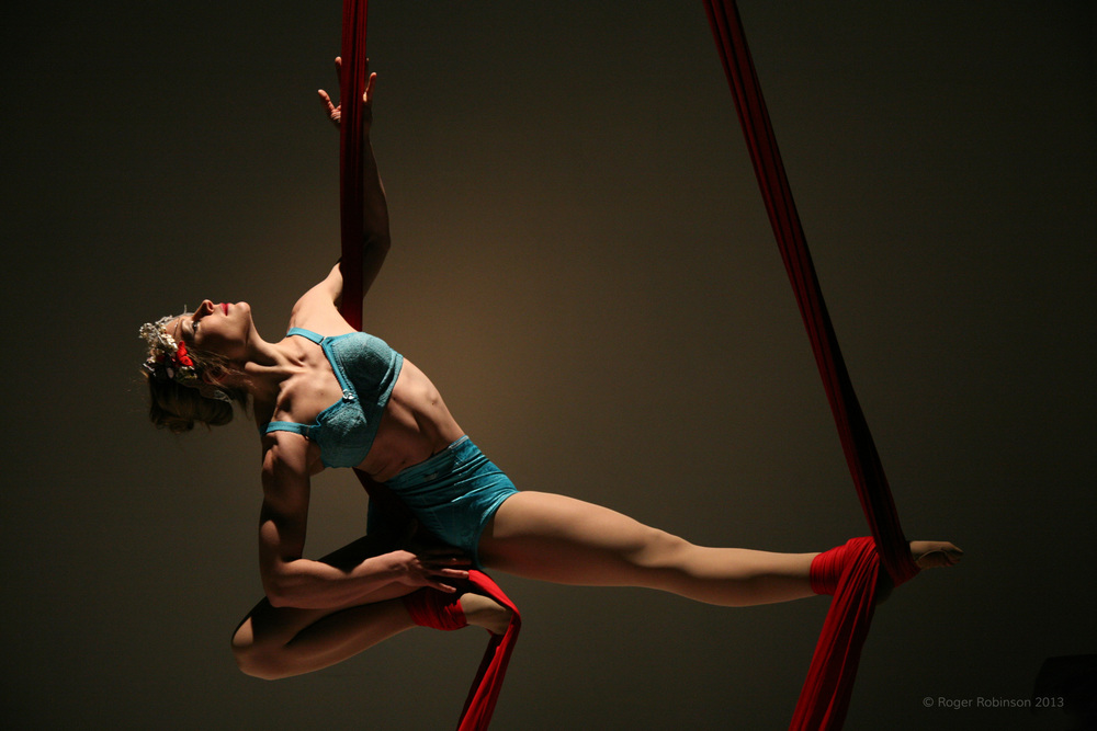 aerial silk performance
