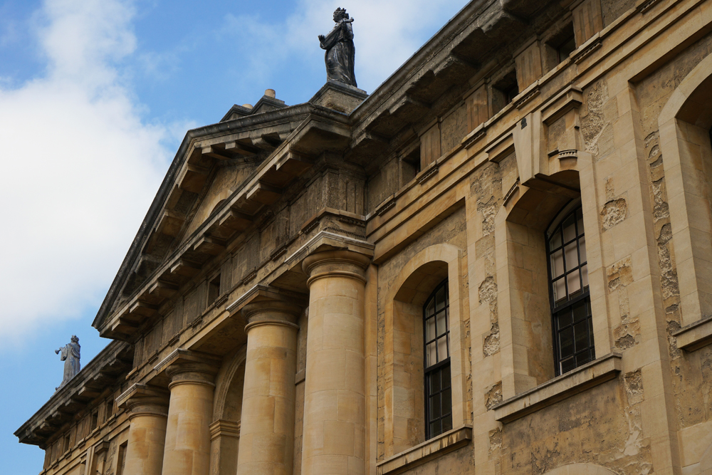 Sheldonian Theatre2 Oxford.jpg