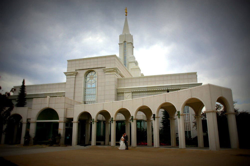Bountiful Utah LDS Temple wedding Photographer