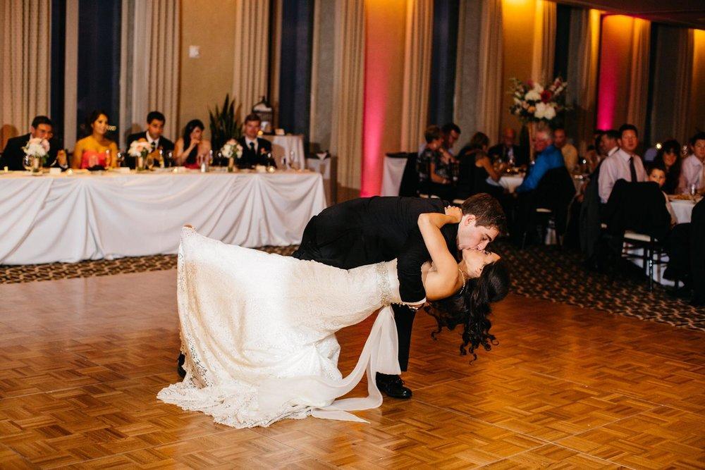 Aon_Jablonski_Weidman_2_dance.jpg