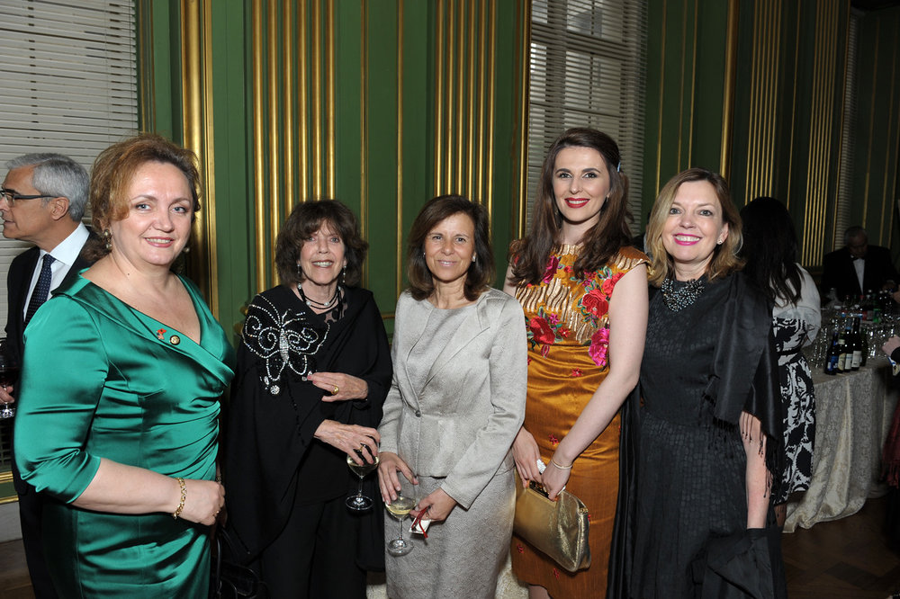 Ambassador of Albania Floreta Faber, Didi Cutler, Isabel Vital, Ambassador of Kosovo Vlora Çitaku, and Marie Royce.