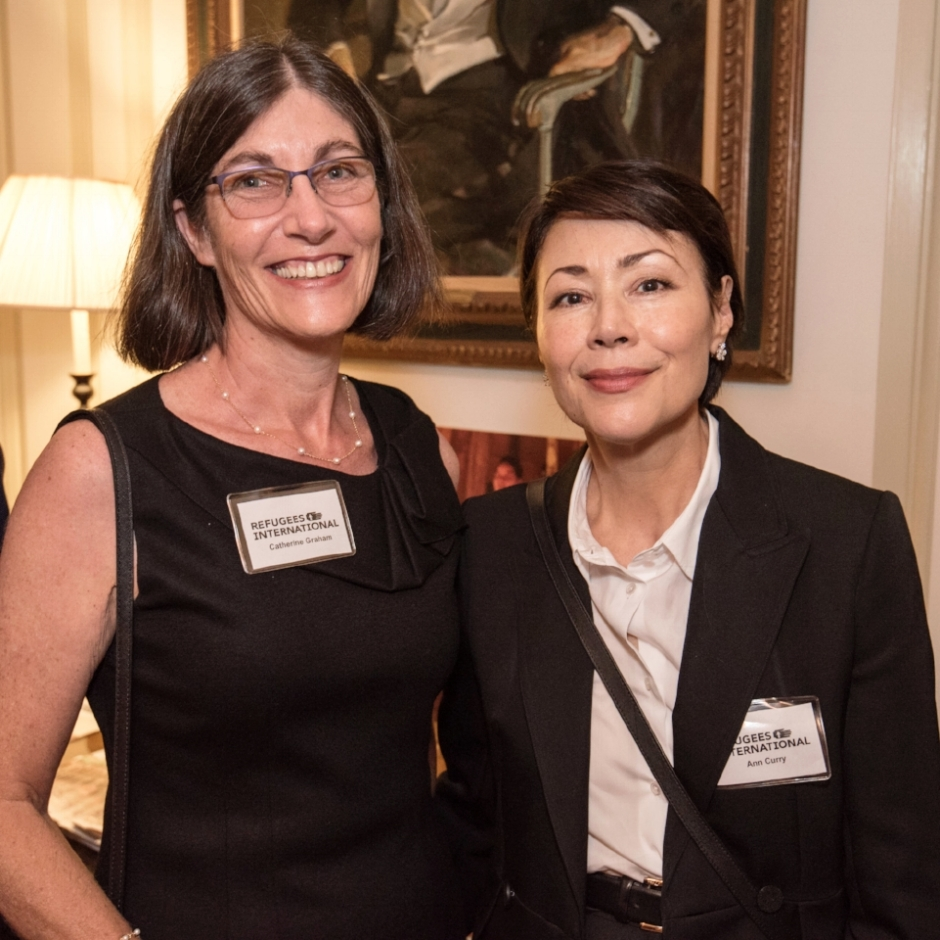 Previous Exceptional Service Award honoree Ann Curry with New York Circle attendee Catherine Graham.