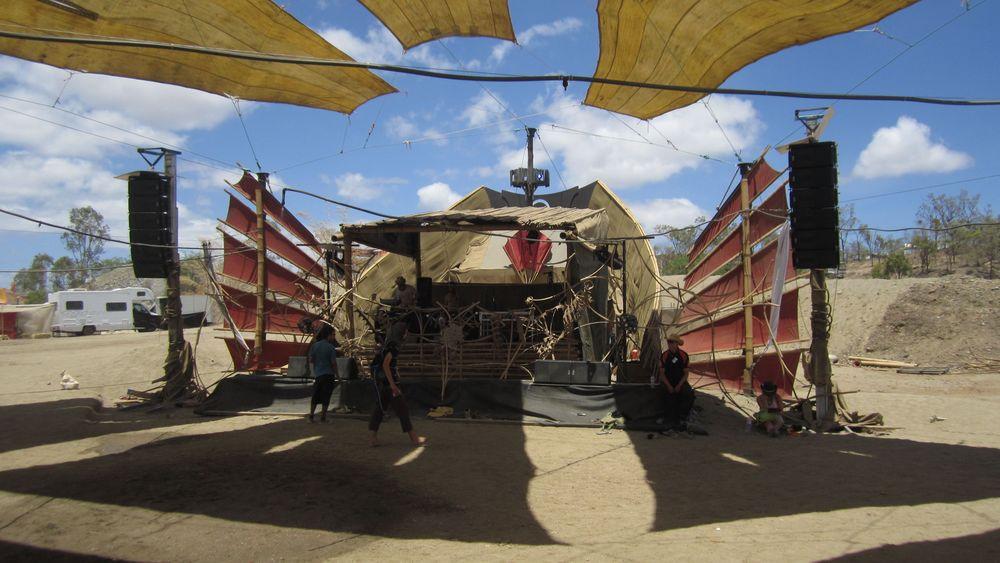 Junk Stage