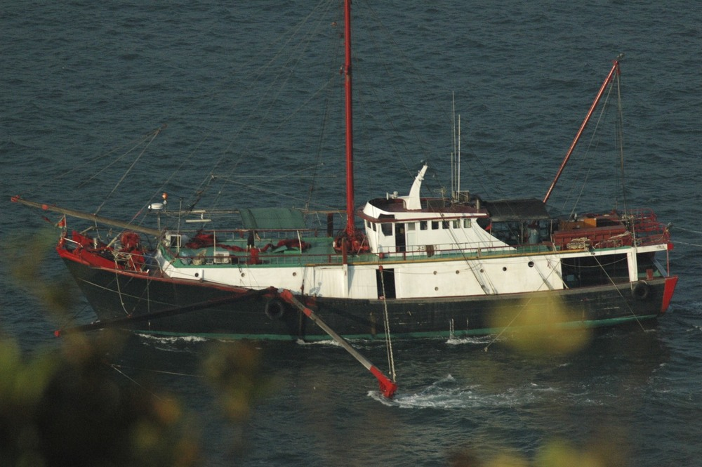 Fishing trawler in the Lamma Strait
