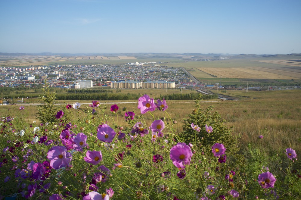 E'ergunga (Inner Mongolia), as seen from the hill leading to the wetlands in the plains