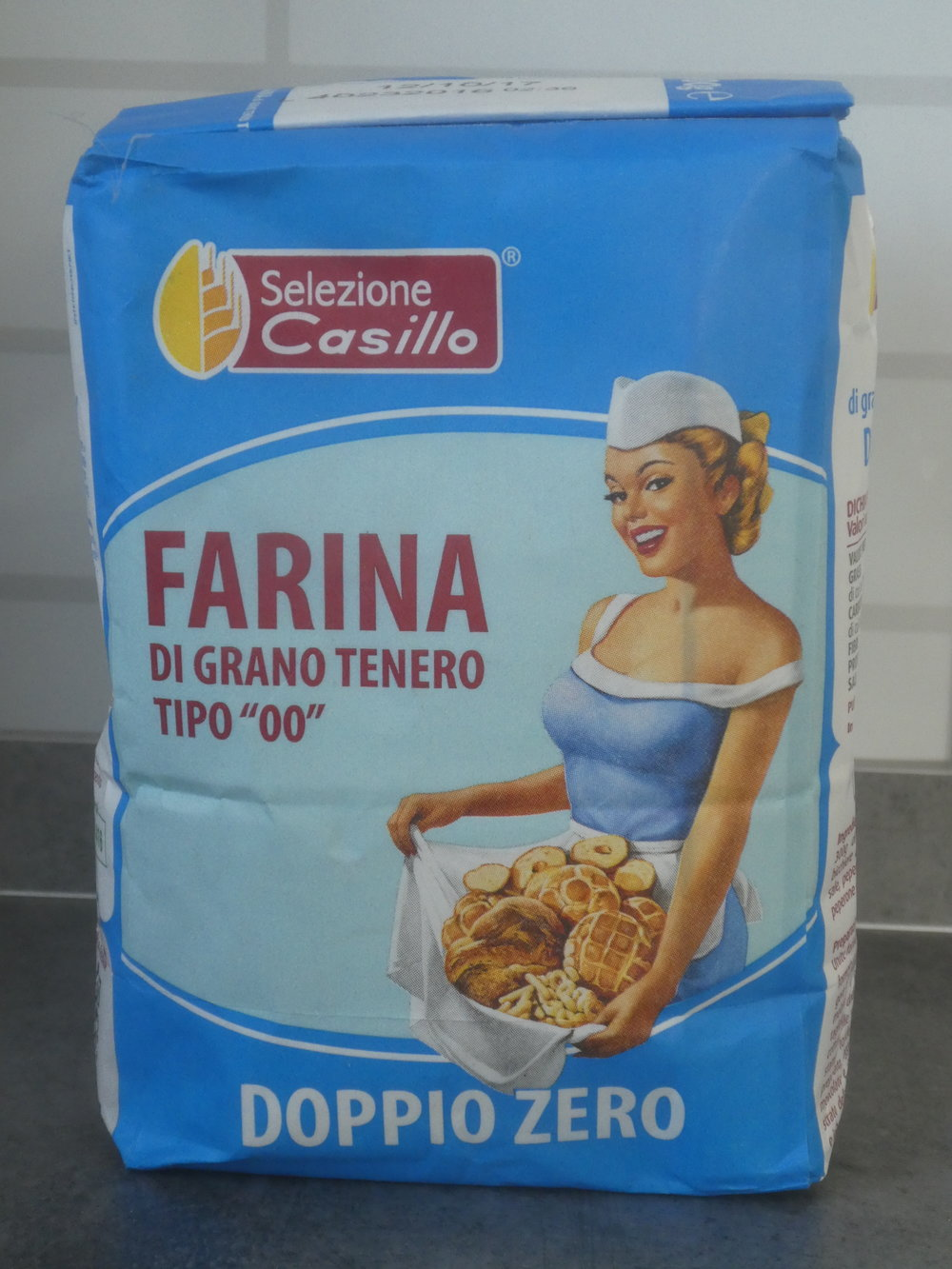 Obviously Italian wheat flour, Type Double Zero.