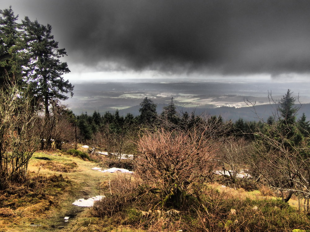 New Year hike to Grosser Feldberg (Taunus) and the Geophysics Research Station there.