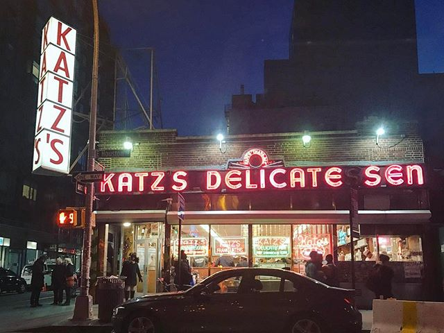 Exploring the delicate zen of delicatessen. #katz #katzs #deli #delicatessen #yum #blessed #yae #vsco #vscocam #vsconyc #nyc #newyork #heritage #mypeople