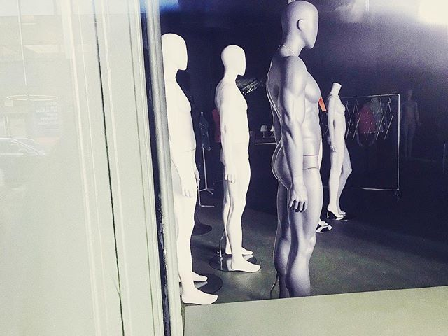 Mannequin was filmed at Woolworth's, Boyz II Men still keepin' up the beat, yeah. _____________ _____________ _____________ #nyc #mannequin #fashion #noir #gotham #igersnyc #newyork #aliens #blessed #yae