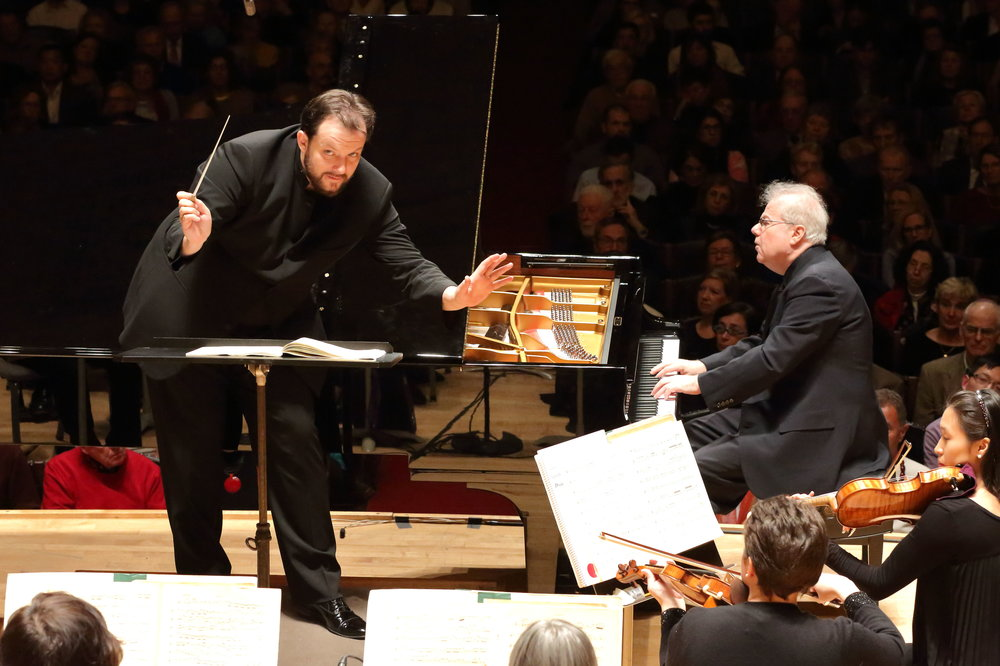 Andris Nelsons conducts the Boston Symphony Orchestra with piano soloist Emanuel Ax, Thursday, Feb 16, 2017 in Symphony Hall. Hilary Scott photograph