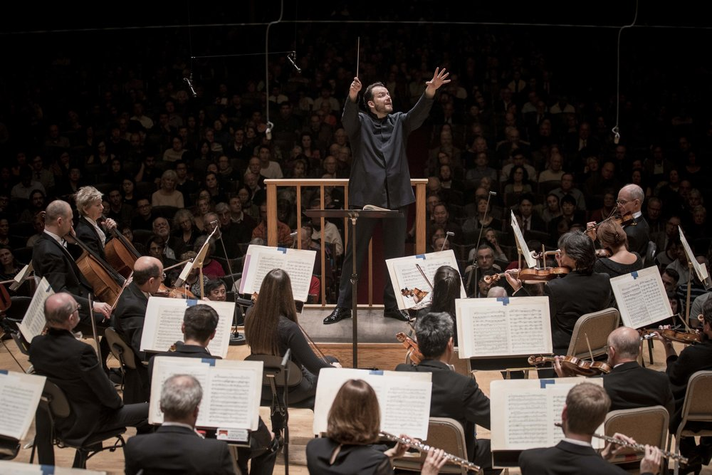 Andris Nelsons conducts the Boston Symphony Orchestra. Marco Borggreve photograph