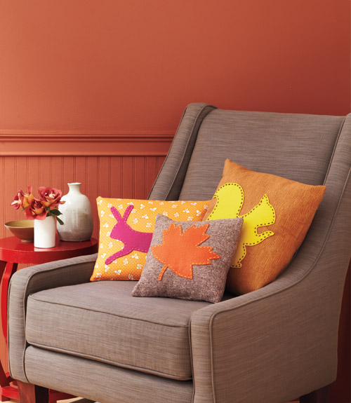 Applique Throw Pillows // Woman's Day Magazine