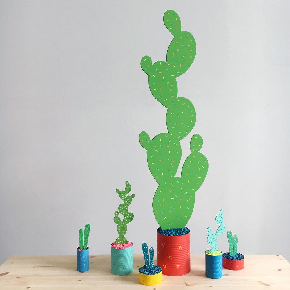 Cacti_giant_web.jpg