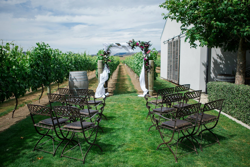 Martinborough-Poppies-Wedding-Caine-Eloise-Toni-Larsen-0069.jpg