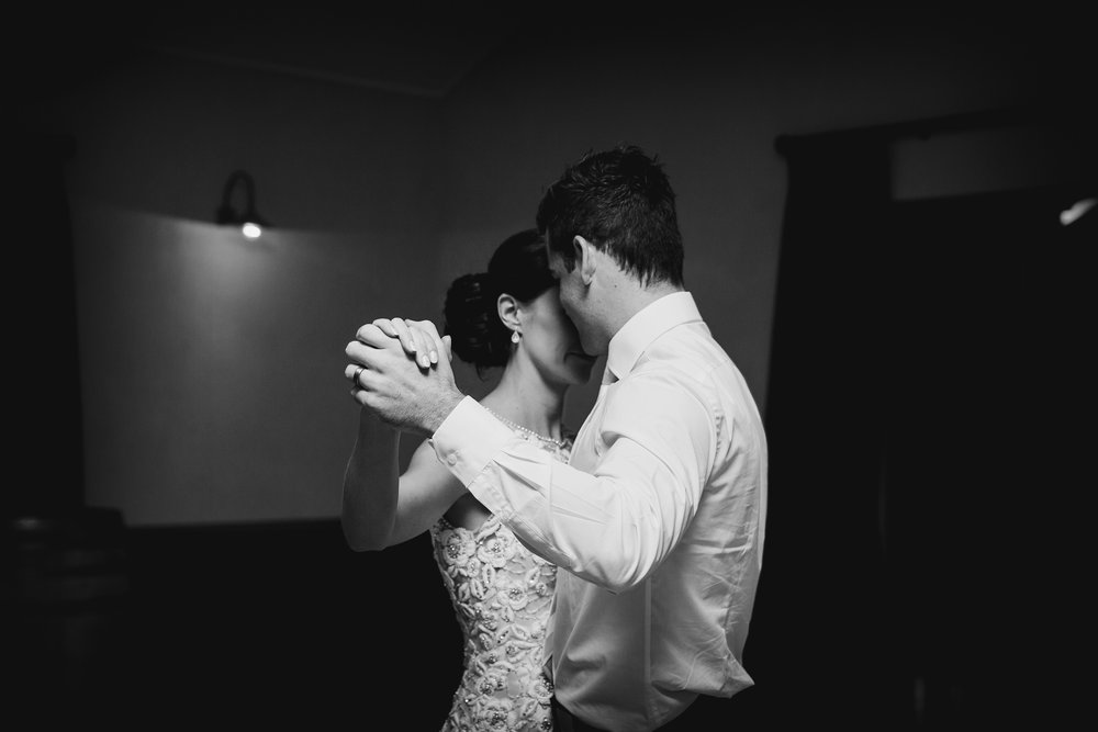 Martinborough-Poppies-Wedding-Caine-Eloise-Toni-Larsen-0158.jpg