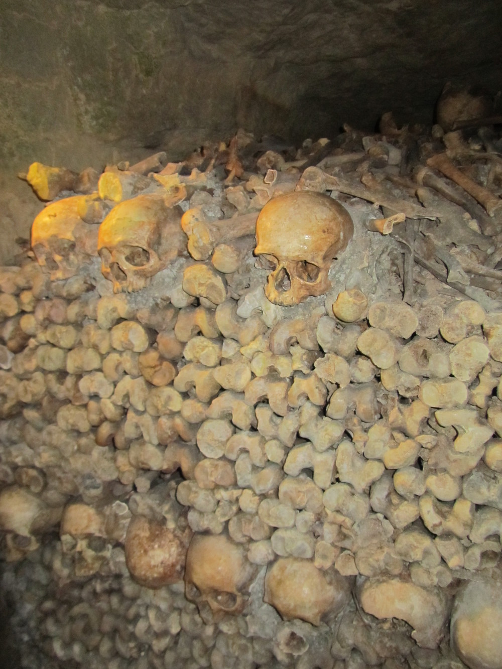 piles of bones paris catacombs.JPG