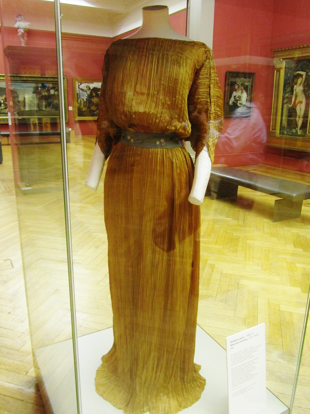 Delphos Dress 1908 - 1912   Mariano Fortuny