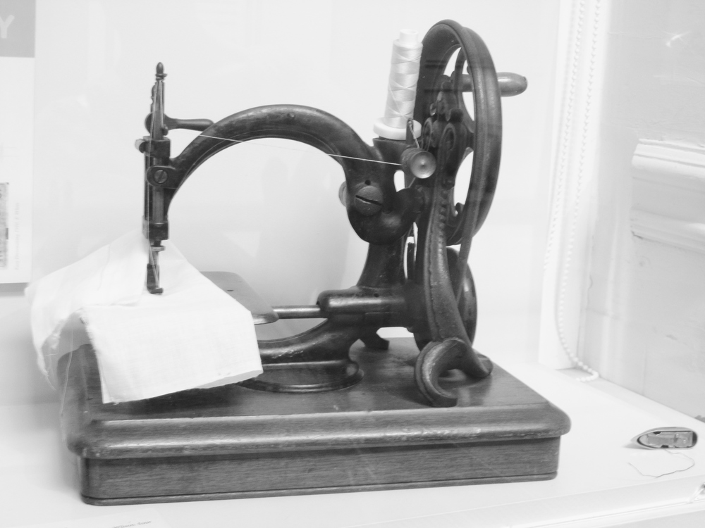 sewing machine macclesfield heritage silk museum.JPG