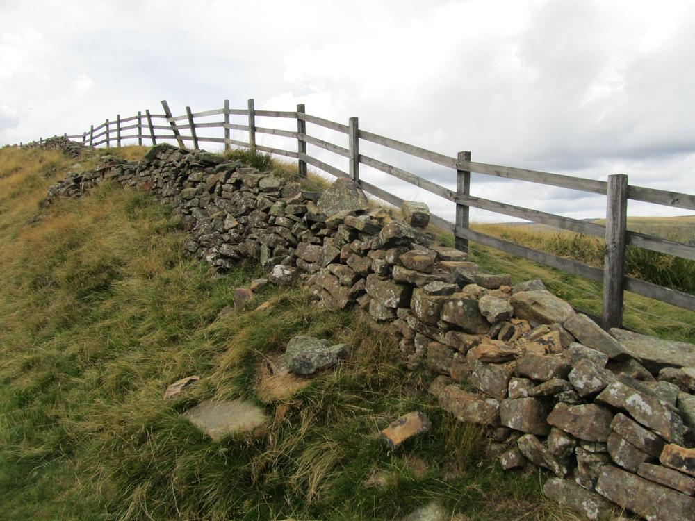 castleton stone wall.JPG