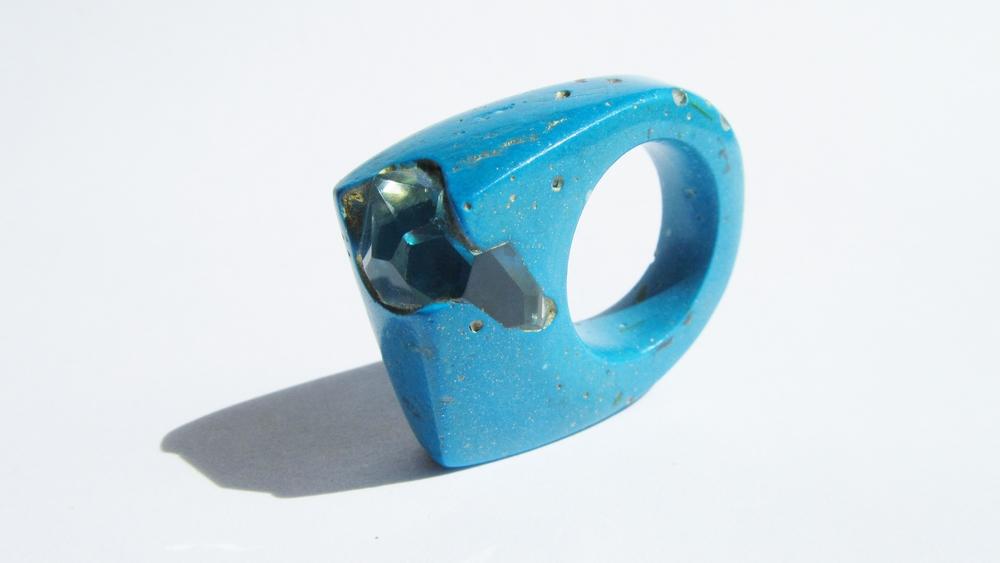 jade mellor hewn ring blue swarovski N-O 3.JPG