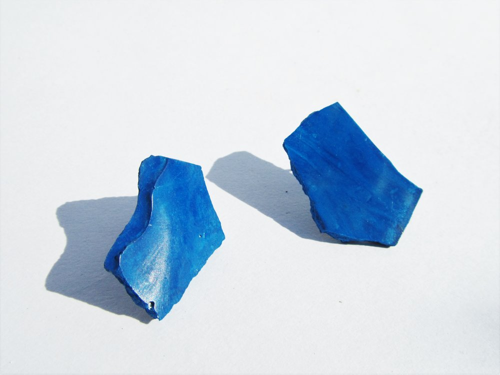 YVES KLEIN - Jade Mellor, Precious Pigments, recycled resin fragments & silver