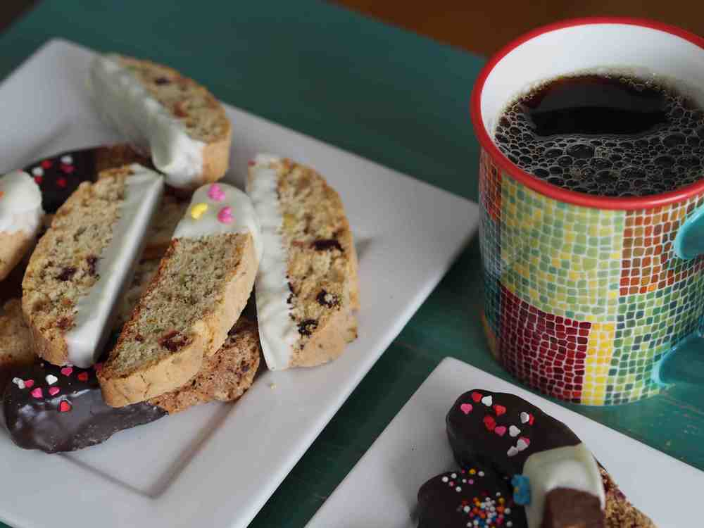 biscotti and coffee.jpg