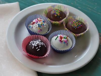 truffle_cakes_plate.jpg