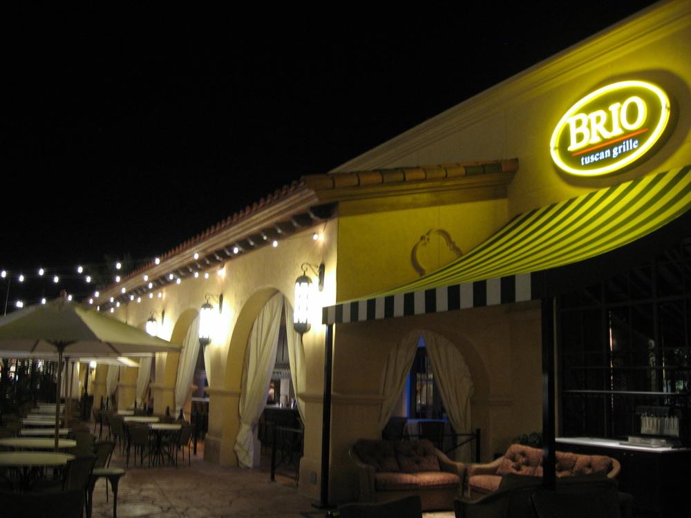 Hospitality brio bravo restaurants tec inc for Bravo brico