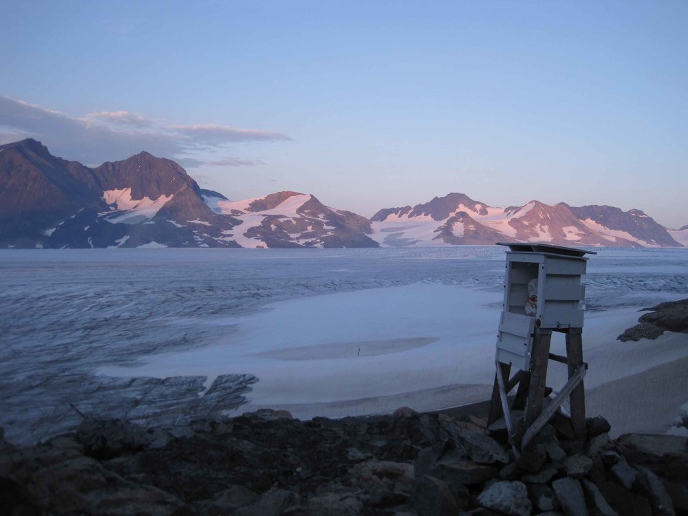 The Metshelter at Camp 26 was left exposed to the beautiful views. Photo by Stanley Pinchak